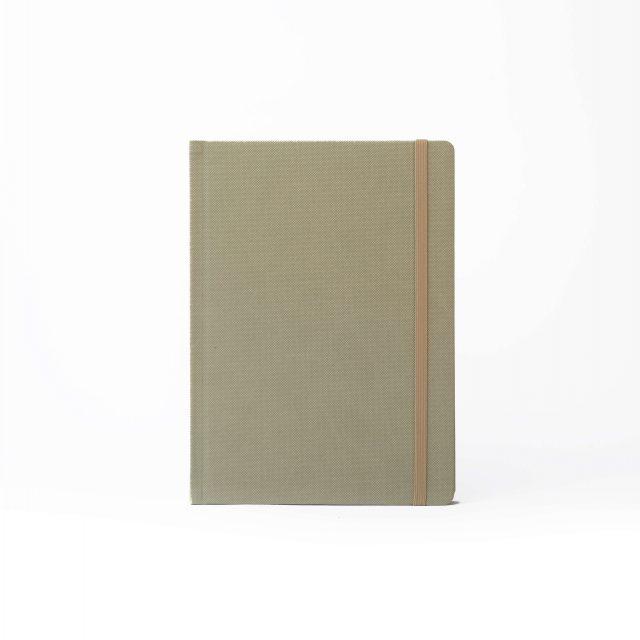 Скетчбук PRO Pastel M+ у крапку, 130 г/м2